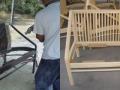 Kerti bútorok felülettisztítása szódabikarbóna szórással.